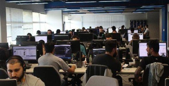 DBServer completa 25 anos e projeta crescimento em São Paulo