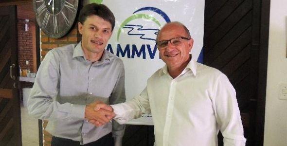 Prefeito de Benedito Novo assume presidência da Ammvi