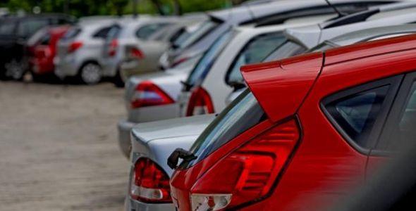 Prazo para pagar IPVA de veículos com placas final 1 e 2 termina dia 14