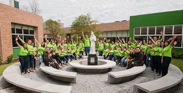 Bom Jesus inaugura dois novos colégios em Santa Catarina