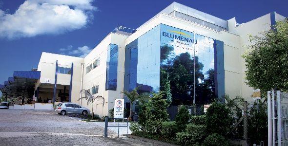 Blumenau Iluminação firma parceria com a Abilumi