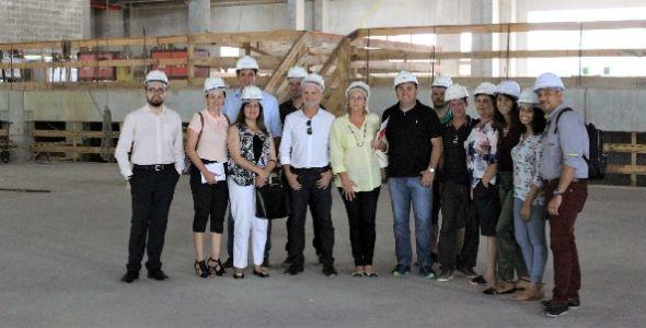 Diretoria da ABEOC/SC visita Arena Petry, em São José
