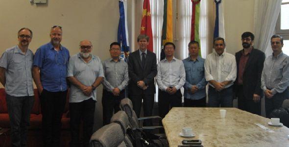 Empresa chinesa busca parceria para pesquisa e desenvolvimento na Unisul