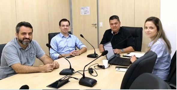 Frente parlamentar de Blumenau discute legislação para pequenos empreendedores