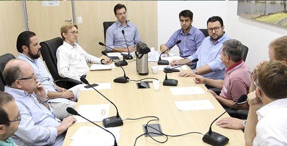 Câmara de Vereadores de Blumenau discute incentivo de geração de energia solar