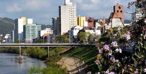 Florianópolis e Blumenau estão entre as 5 cidades mais inovadoras do país