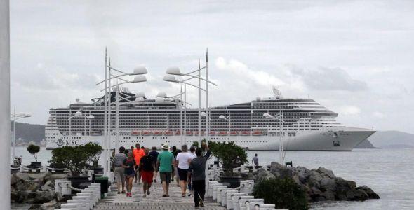 Temporada de transatlânticos trouxe mais de 81 mil turistas a Balneário Camboriú