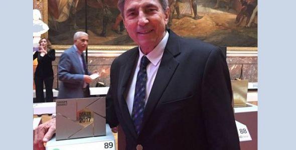 Renault Liberté comemora prêmio internacional de qualidade