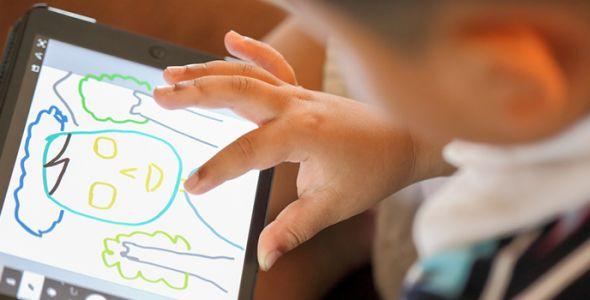 Impacto das tecnologias no desenvolvimento infantil é tema de debate na Univali