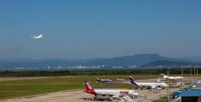 Floripa Airport projeta crescimento de 4% no movimento da próxima temporada