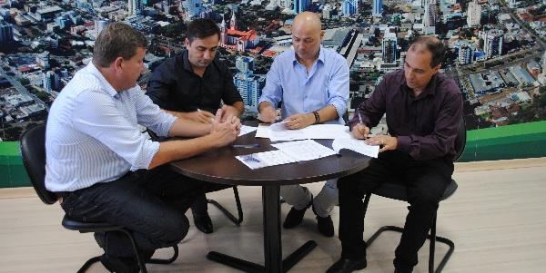 Simec e Prefeitura de Chapecó firmam convênio para Eletrometalmecânica 2018