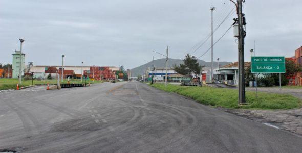 Porto de Imbituba inicia 2ª etapa da manutenção das vias internas