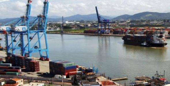 Liminar permite que associados à ACII prossigam com atividades no Porto de Itajaí