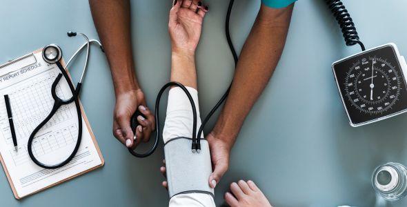 Unicred SC/PR apresenta nova linha de financiamentos na Feira Hospitalar