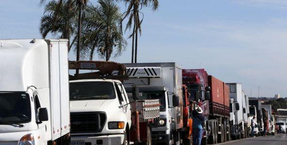 Fiesc ingressa com pedido de liminar para liberar caminhões de indústrias associadas