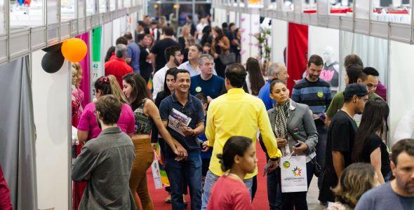 Blumenau sedia uma das Feiras de Oportunidades da Viacredi