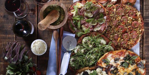 Dia da Pizza: uma seleção de vinhos para celebrar a data com muito sabor