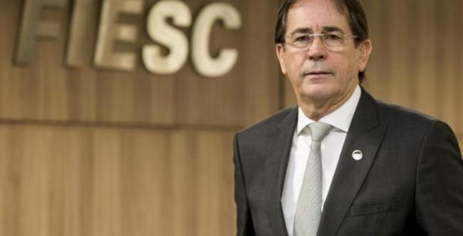Mario Aguiar assume a presidência da Fiesc na sexta-feira