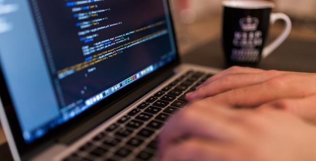 Uninter Florianópolis promove palestra sobre ensino da programação