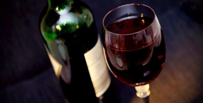 Entenda as principais diferenças entre os vinhos Cabernet, Merlot e Malbec