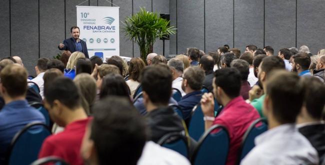 Florianópolis sedia 11º Congresso Internacional da  Fenabrave