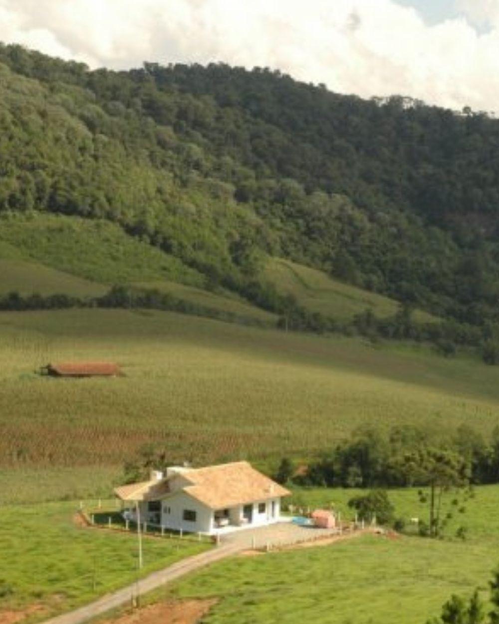 SC investirá R$ 2,3 mi na regularização fundiária de 9.500 imóveis rurais