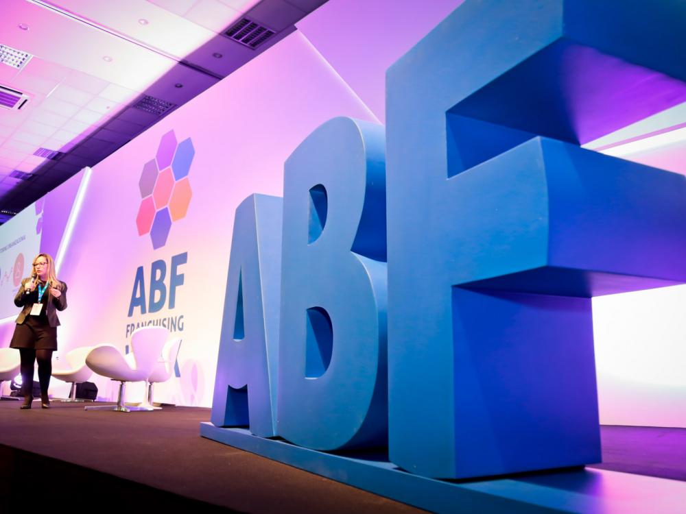 Feira Digital de Franquias da ABF traz oportunidades de investimentos a SC