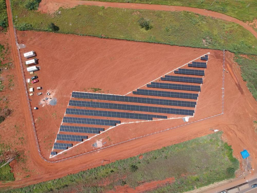 Ambev inaugura usina solar em SC e expande projeto para 21 estados até o final do ano