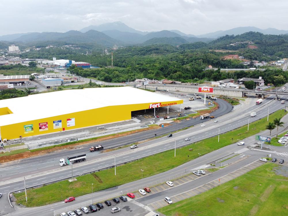 Grupo Pereira abre a 30ª loja do Fort Atacadista em Santa Catarina