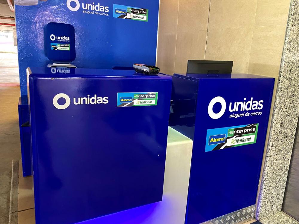 Itajaí Shopping amplia rede de serviços com unidades da Unidas e Viacredi