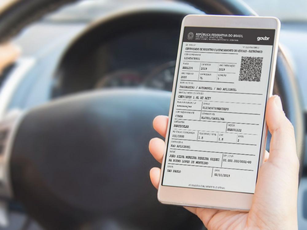 Contran suspende certificação e licenciamento de veículos unicamente digital