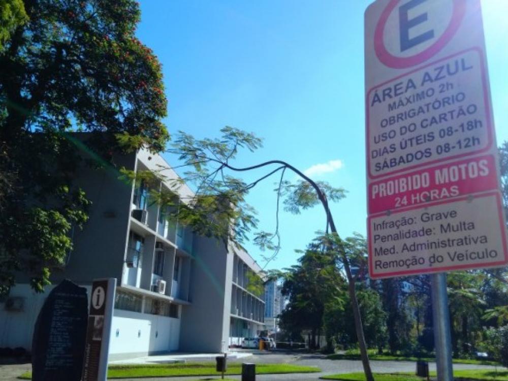 Área Azul está suspensa neste sábado em Blumenau