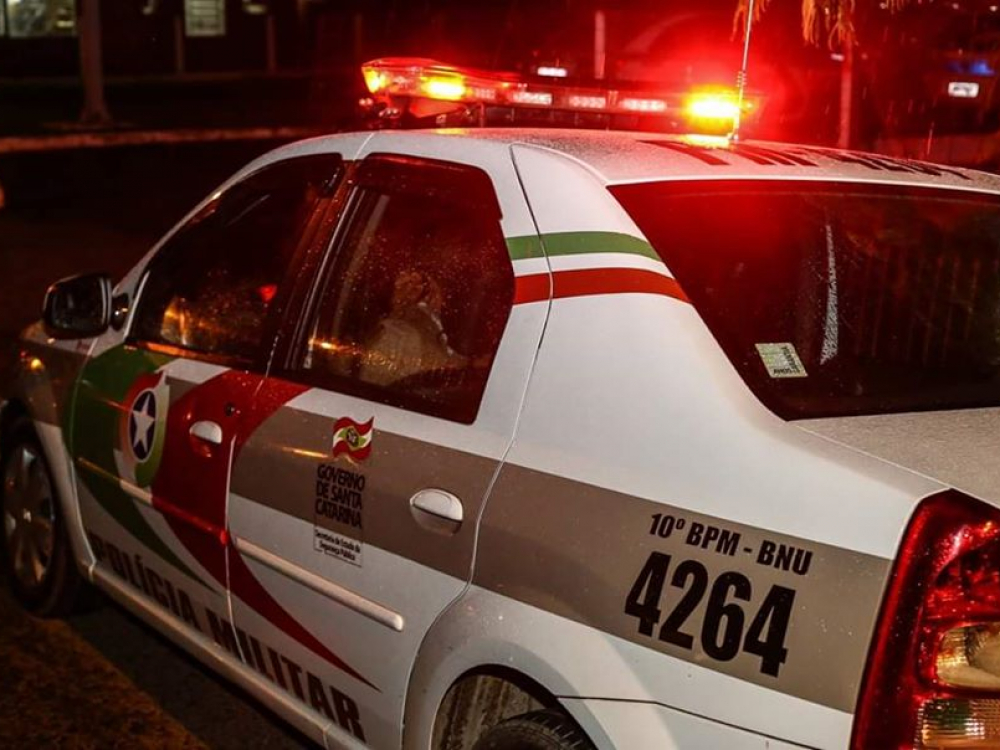 Homem armado rouba motorista de aplicativo no bairro Salto do Norte