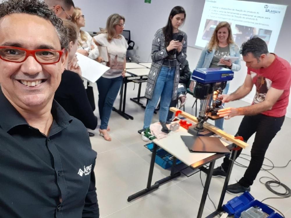 Ápice Educação Executiva aposta em metodologias ativas em seus cursos de MBA