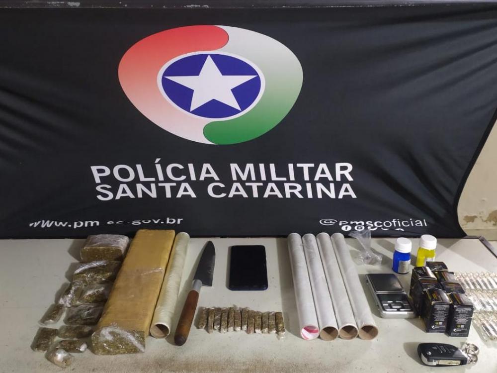 Homem é detido por tráfico de anabolizantes e drogas no bairro Passo Manso