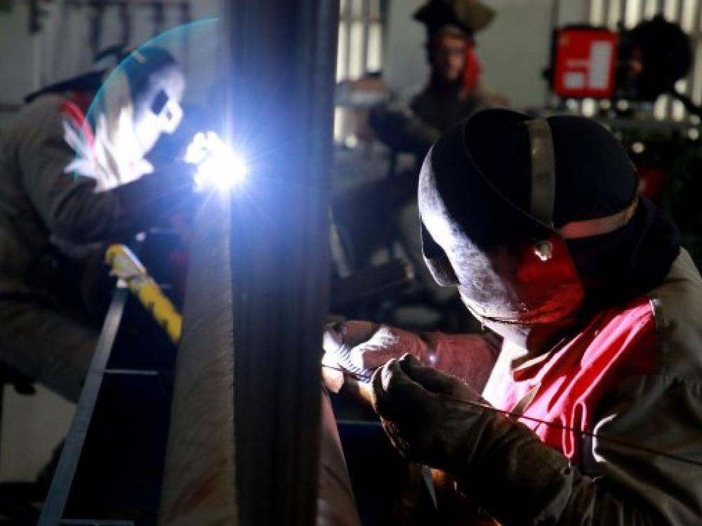 Indústria catarinense foi a que mais cresceu no ano de acordo com o IBGE