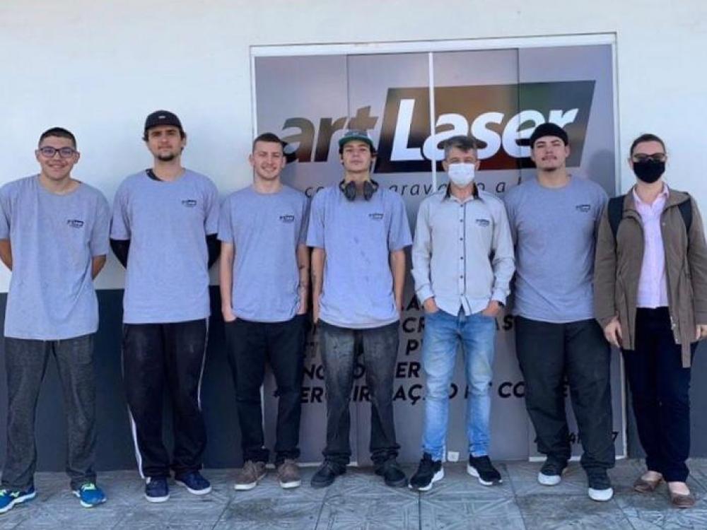 Art Laser se reinventa e quadruplica número de produção ao participar de programa do Sebrae/SC
