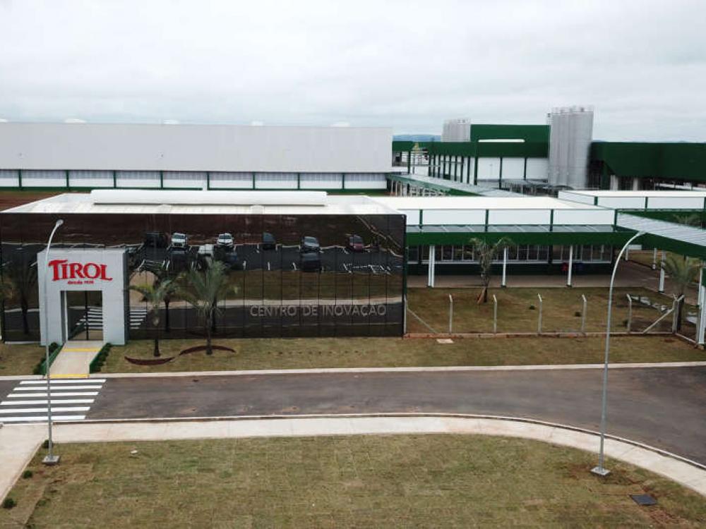 Laticínios Tirol inaugura fábrica no Paraná com investimento de R$ 152 milhões