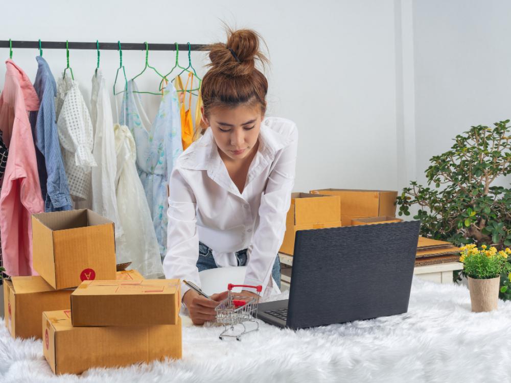 33% dos pequenos comércios representam fonte de renda complementar para seus proprietários