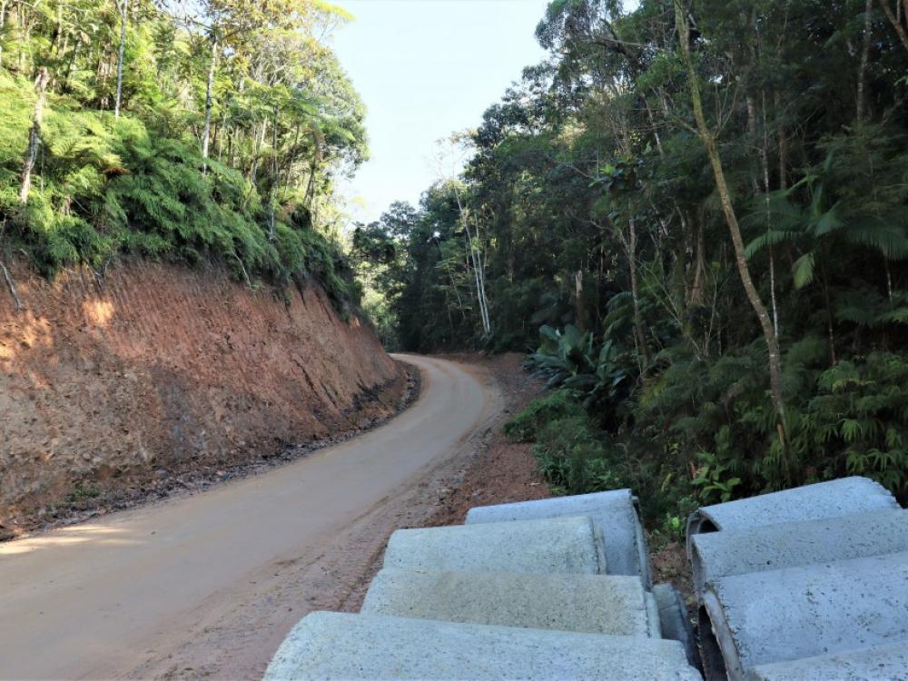 Prefeitura prossegue com as obras para abertura da ligação Velha/Garcia