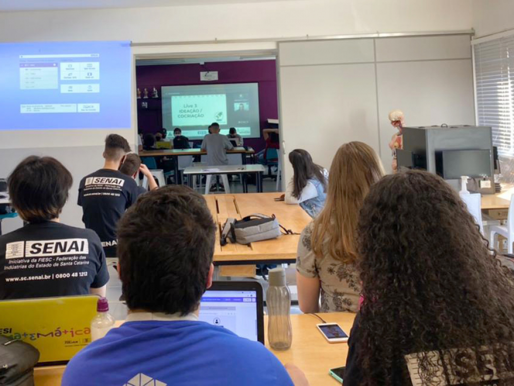 Mais de 800 alunos do SENAI em SC participam de disputa de inovação