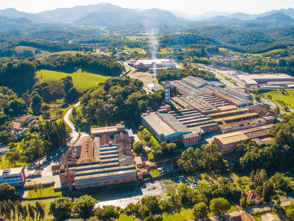 Karsten, referência no setor têxtil, comemora 139 anos de história