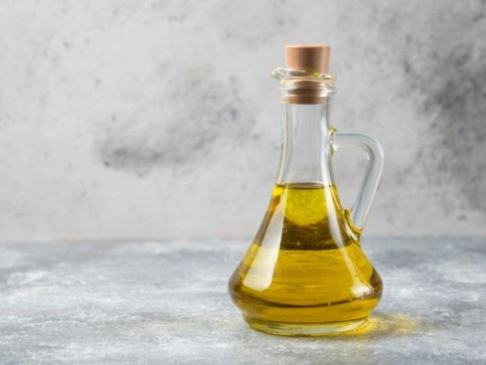 Camargo Química, de Blumenau, compra óleo de cozinha usado